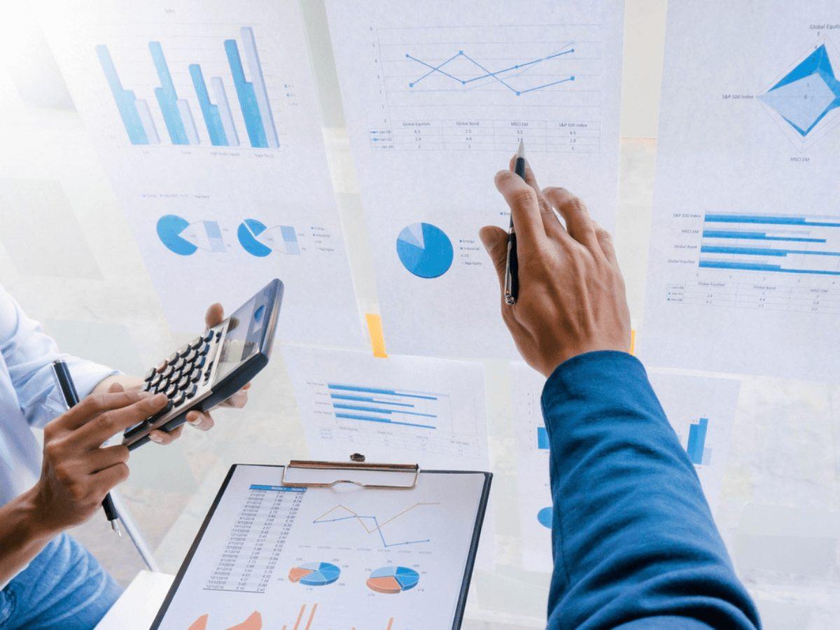 Định giá cổ phiếu bằng phương pháp chiết khấu dòng tiền như thế nào ?