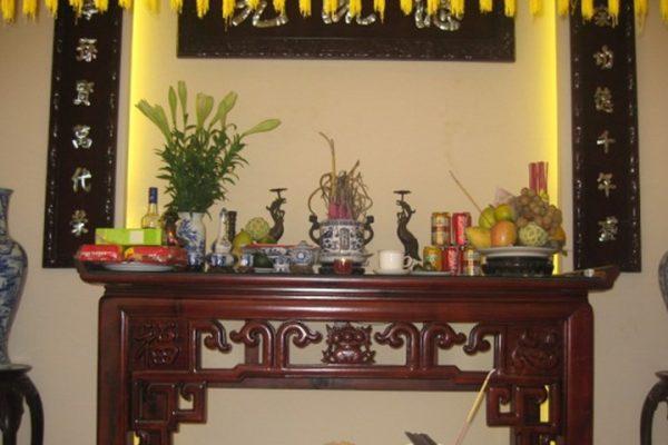 Chuyển bàn thờ cũ sang bàn thờ mới KO phạm phải các vị thần linh